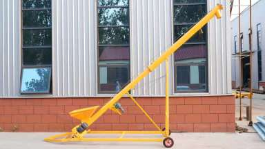 湖南牵引式升降螺旋提升机(1686米)