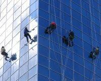 玻璃幕墻維修